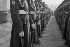 LA 015_Parade_Ehrenmal_Berlin-Treptow_1981