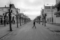 LA 047_DDR_Straßenszene_Binz_1985