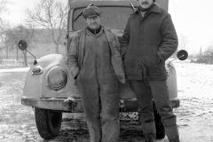P-016_Männer-aus-einem-Dorf_1980