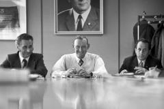 P-026_Sitzung-unter-Honeckerbild_1976
