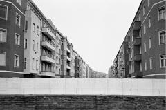 WM-009_Mauerblick-aus-der-S-Bahn-nach-Pankow_Berlin_1986