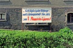 WM-015_Plakat-an-einer-Schule_Colditz_1989
