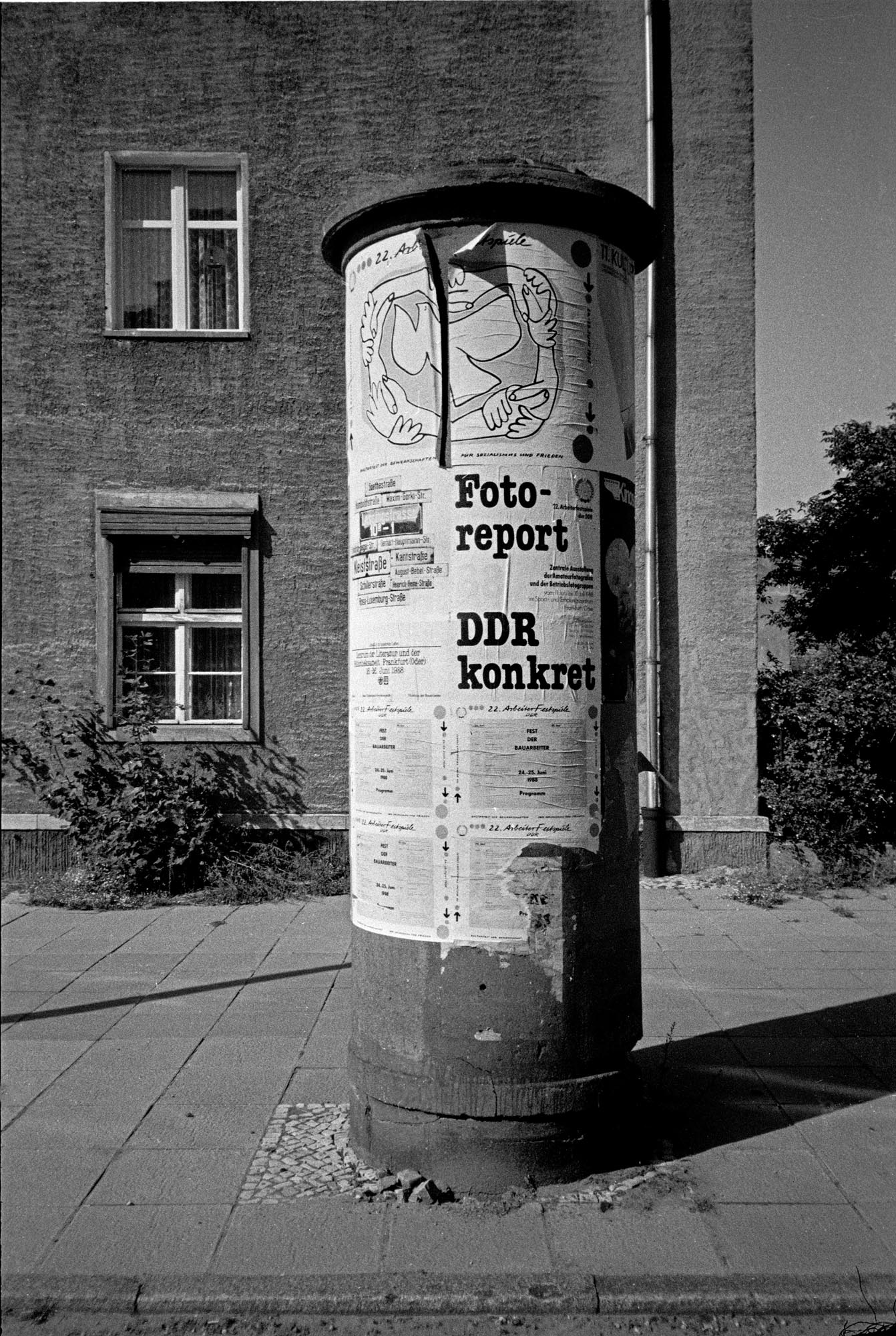 WM 049_Litfaßsäule_Frankfurt-Oder_1988